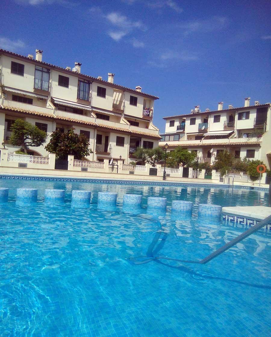 Mantenimiento de piscinas zoe mantenimiento for Piscina benicassim